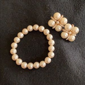 Faux Pearl Earrings & Stretch Bracelet